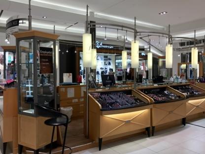 Cosmétique Fantastique Plus Inc - Parfumeries et magasins de produits de beauté - 450-441-3804