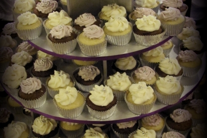 Forever Cakes - Bakeries