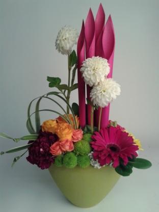 Berns Flowers & Gifts - Florists & Flower Shops - 705-435-5519