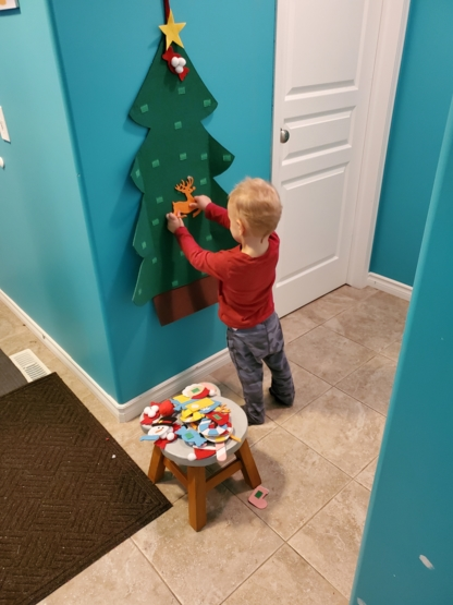 Elly's private dayhome - Childcare Services