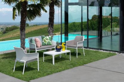 Voir le profil de BUM Commercial Furniture - Welland