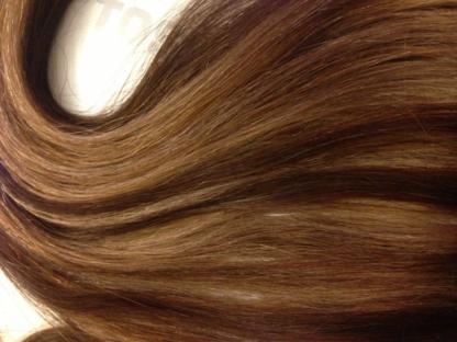Maureen's Hair Studio - Salons de coiffure et de beauté - 604-341-4100