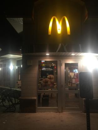 McDonald's - Burger Restaurants - 450-419-3216