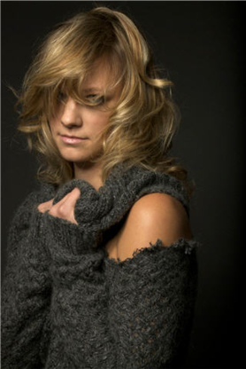 On The Fringe Hair Design - Hair Stylists - 604-569-0856