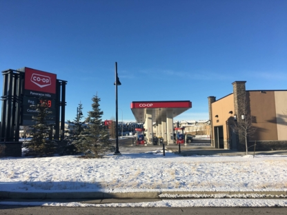 Calgary Co-op Gas Bar - Stations-services
