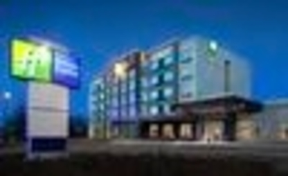 Holiday Inn Express Red Deer North - Hotels - 1-877-654-0228