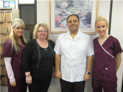 Dr Emad Morris - Dentists - 780-433-0222