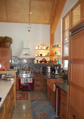 MacRae Woodwork - Cabinet Makers