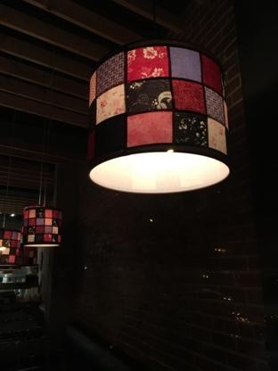 Sushi Taxi - Restaurants - 514-564-3434