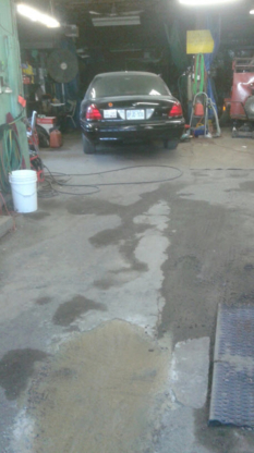 Car washes in brantford on yellowpages action hand car wash car washes 519 752 3237 solutioingenieria Choice Image