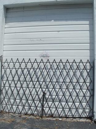 Proudly Canadian Doors - Portes et fenêtres - 647-862-7360