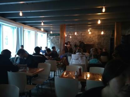 Montreal Poutine - Poutine Restaurants - 514-656-0935