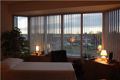 Oakville Shiatsu & Massage Therapy Centre - Registered Massage Therapists - 905-845-3137