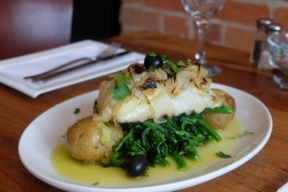 Moliceiro Restaurant - Restaurants - 647-345-3019