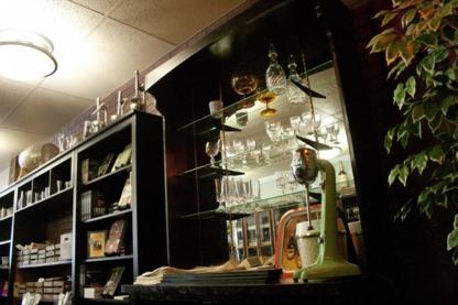 The Modern Bartender - Barmans et maîtres d'hôtel