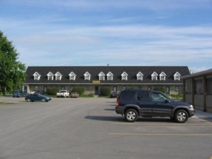 Motel Grande-Ile - Hôtels - 450-373-9080
