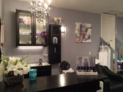 Extension Garage Hair Studio - Hair Extensions - 587-984-6242
