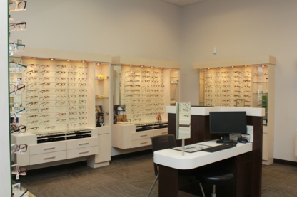 Henderson Vision Centre - Optometrists - 204-582-2308