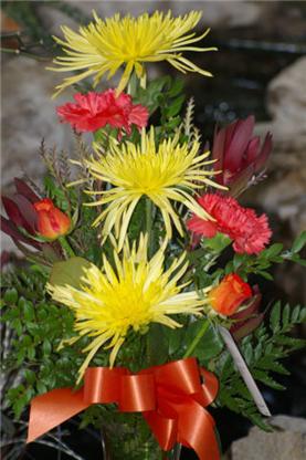 Buds 'N' Blooms - Magasins de fleurs et de plantes artificielles