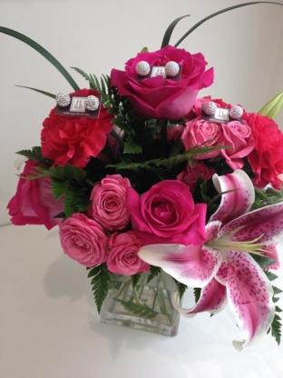 Petals And Presents - Fleuristes et magasins de fleurs - 204-827-2351