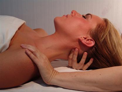 Clinique Massothérapie Monique Hallé - Massage Therapists - 819-679-9191