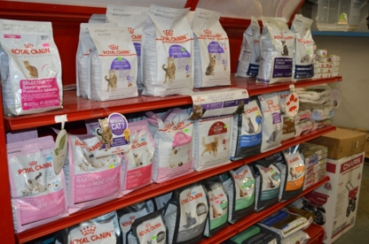 Shar-Kare Feeds & Pet Supplies - Feed Dealers - 250-248-1261
