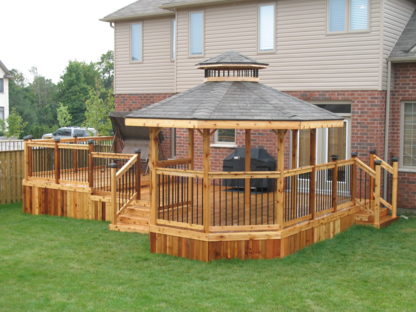 Creative Custom Decks Inc - Patios - 519-709-3888