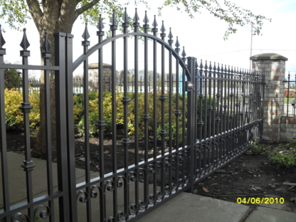 Touch Of Class Aluminum & Ironworks Ltd - Gates