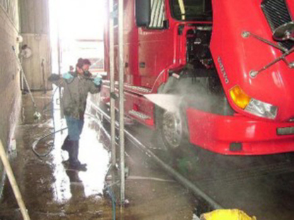 Mary Hill Truck Wash Ltd - Truck Washing & Cleaning