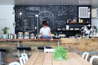 Zoha Cafe - Cafés - 438-384-7694