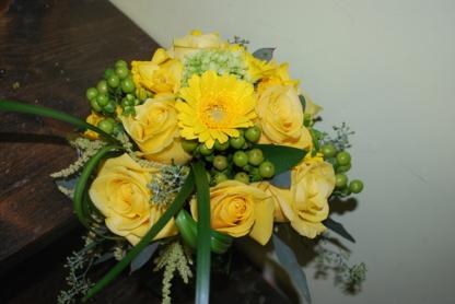 Fleuriste Nathalie Clément - Florists & Flower Shops - 819-228-1538