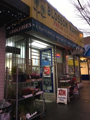 Blossom Market - Florists & Flower Shops - 604-569-3318