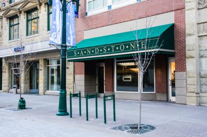 Sandstone Lounge - Restaurants