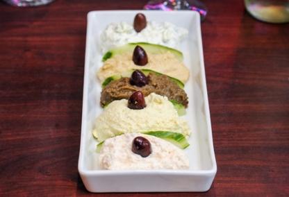 Mykonos Mediterranean Grill - Restaurants végétariens