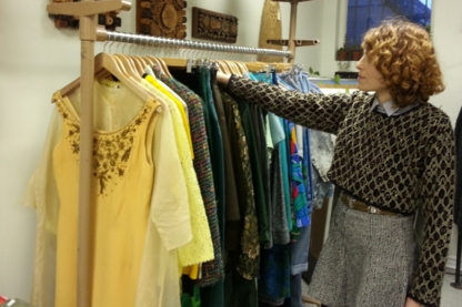 Monarch Vintage - Second-Hand Clothing - 416-518-4591