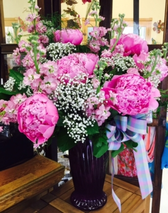 Plantation Flowers & Gifts - Florists & Flower Shops - 867-667-7177