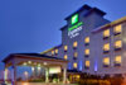 Holiday Inn Express & Suites Edmonton-International Airport - Out-of-Town Hotels & Motels