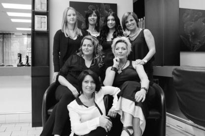 Salon de Coiffure Johanne Landreville - Hairdressers & Beauty Salons - 450-691-8086