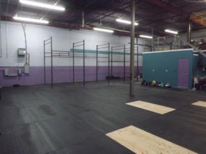 Crossfit Blainville - Salles d'entraînement - 514-373-2394