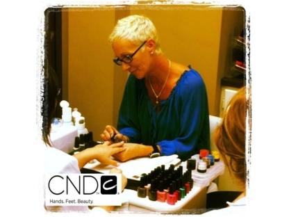 L'Institut Jon rayMond - Hairdressers & Beauty Salons - 506-857-9840