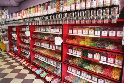 The Candy Aisle - Magasins de bonbons et de confiseries - 604-739-3330