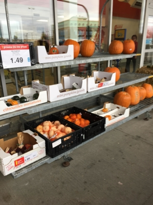 Pettenuzzo's Your Independent Grocer - Grocery Stores - 705-567-4939