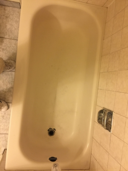 Master Bathtub Refinishing - Bathtub Refinishing & Repairing - 647-504-2922