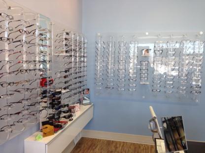 Dr Fernando Eye Care - Optométristes - 705-742-2344