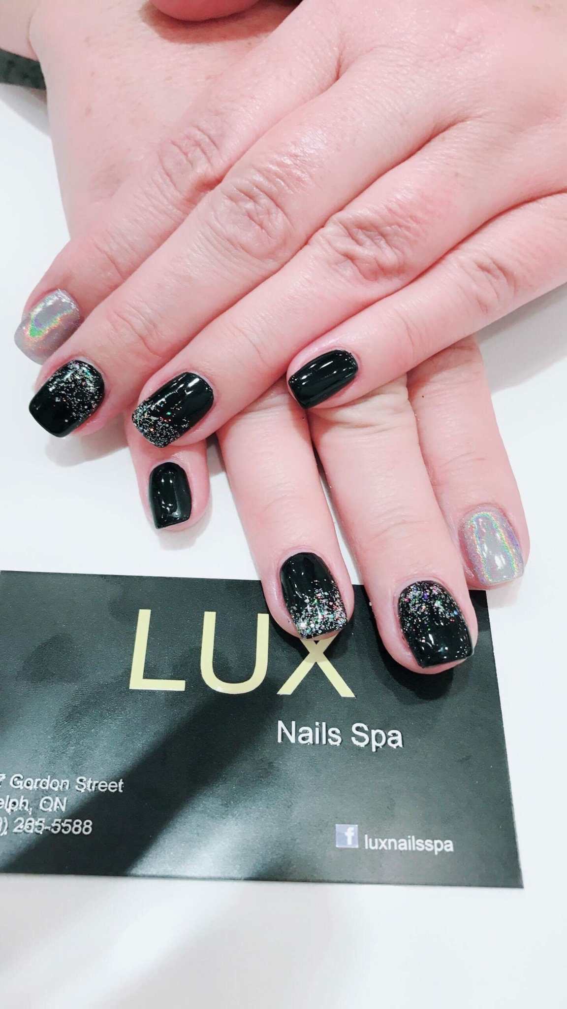 lux nails