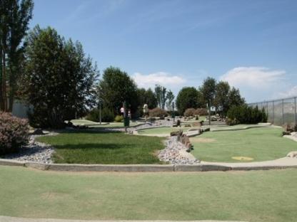 Target Greens Golf Center - Mini-golf