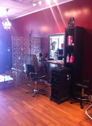Rock Your Hair Studio - Hairdressers & Beauty Salons - 250-563-0043