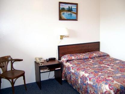 Marie's Restaurant & Motel - Restaurants - 709-673-3831
