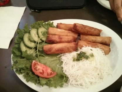 Phnom Penh Restaurant Ltd - Restaurants - 604-682-5777