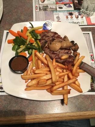 Le Vieux Chateau Restaurant - Restaurants - 613-632-9877